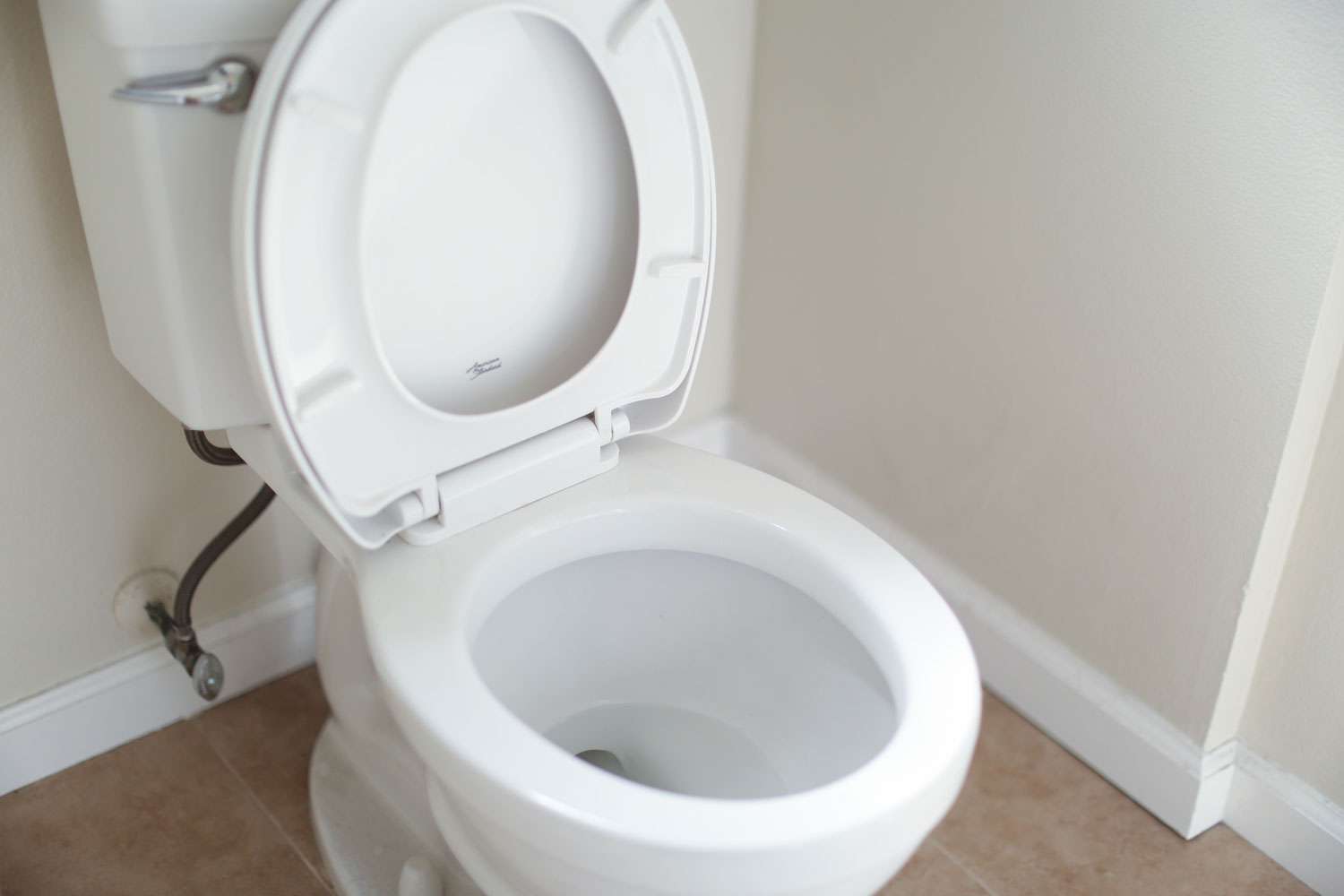 What to do if your toilet gets getting clogged?